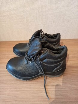 Обувь - Ботинки рабочие , 0