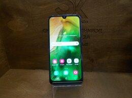 Мобильные телефоны - Samsung Galaxy A40 4/64, 0