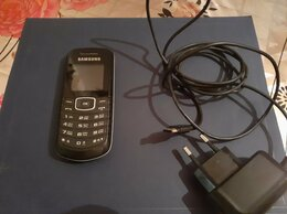 Мобильные телефоны - Телефон Samsung GT-V1080W, 0