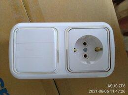Электроустановочные изделия - Блок для санузла: розетка + трёхклавишный…, 0