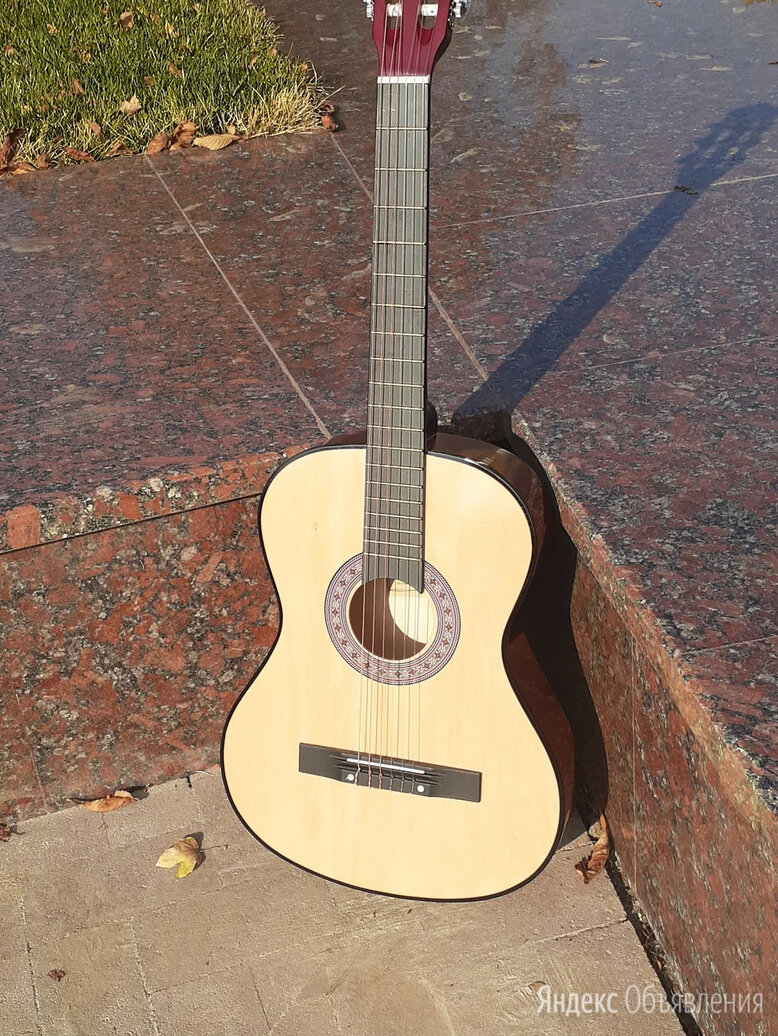 Гитара цвет натуральный по цене 3800₽ - Акустические и классические гитары, фото 0