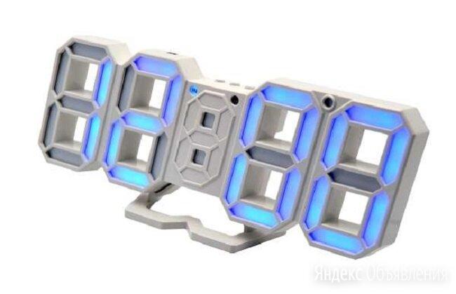Часы электронные  8835 USB (синие -цифры) по цене 890₽ - Часы настольные и каминные, фото 0