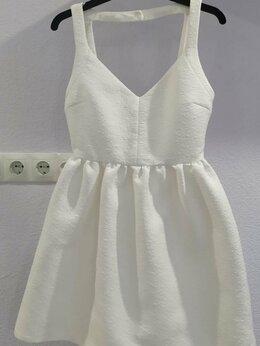 Платья - Платье Zara Trafaluc с открытой спиной  42–44 (S), 0