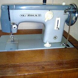 Швейные машины - Швейная машина рабочая в хорошем состоянии, 0