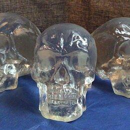 Статуэтки и фигурки - Стеклянный череп, 0