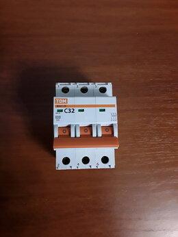 Защитная автоматика - Автоматический выключатель ВА47-29 3Р 32А 4,5кА…, 0