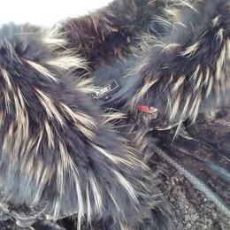 Шубы - Натуральная шуба ягненок, воротник и манжеты-чернобурка, 0