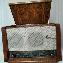 Проигрыватели виниловых дисков - Радиола ламповая Вэф-Аккорд СССР 1958 г рабочая, 0