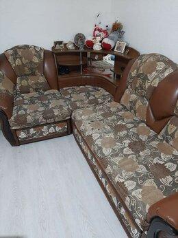 Диваны и кушетки - Продам угловой диван, 0