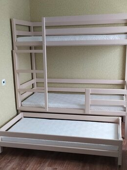 Кровати - Двухъярусная кровать с выкатным спальным местом, 0