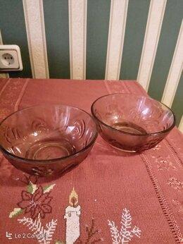 Блюда и салатники - 2 небольшие салатницы СССР, коричневое стекло, 0