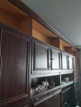Полки, стойки, этажерки - Книжные полки, 16 штук, по 1 рублю, стекла есть, 0