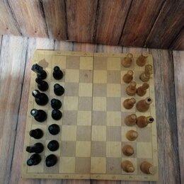 Настольные игры - Шахматная доска с шахматами, деревянная, СССР , 0