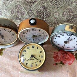 Часы настольные и каминные - Будильники  советские, 0