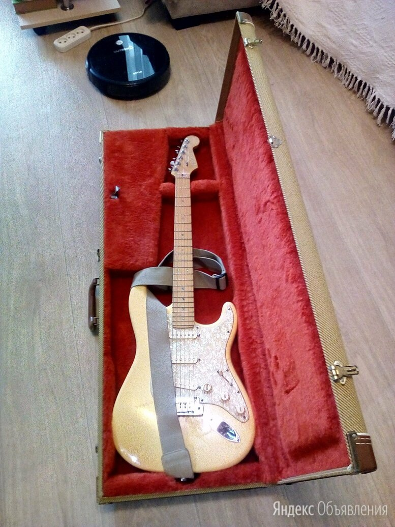 Fender Stratocaster DeLuxe 2006 Made In USA по цене 160000₽ - Электрогитары и бас-гитары, фото 0