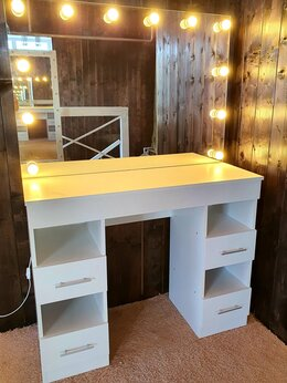 """Столы и столики - Туалетный столик для макияжа """" Модель 4 ящика"""" , 0"""
