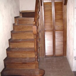 Лестницы и элементы лестниц - Деревянная лестница под ключ, 0