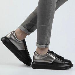 Ботинки - Ботинки кожаные демисезонные Kiss moon Франция. Р.38. С нюансом , 0