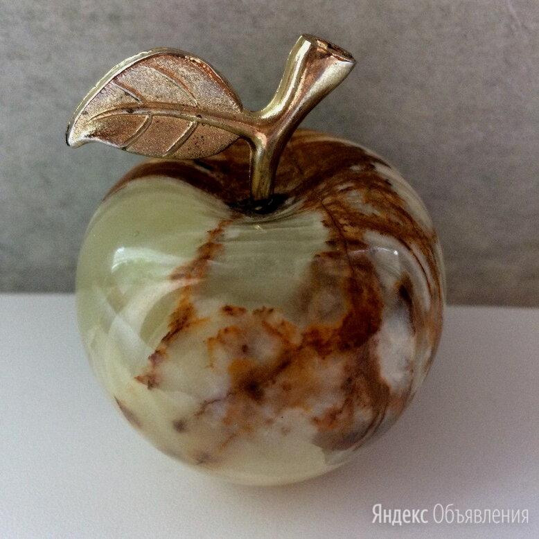 Яблоко из оникса по цене 500₽ - Статуэтки и фигурки, фото 0
