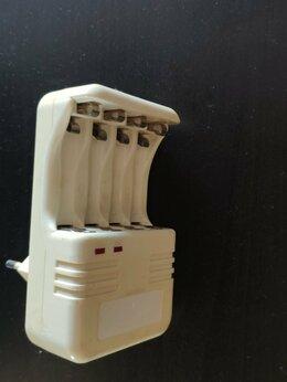 Зарядные устройства для стандартных аккумуляторов - Зарядное устройство AA, AAA, 0