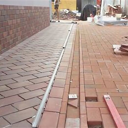 Тротуарная плитка, бордюр - Укладка тротуарной плитки и асфальта, мощение брусчаткой, 0