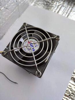 Кулеры и системы охлаждения - Радиатор с вентилятором для охлаждения процессора, 0