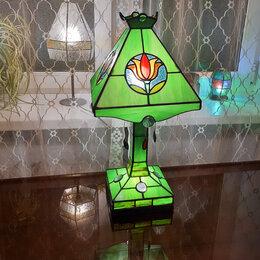Настольные лампы и светильники - Четырёхгранная настольная лампа из стекла., 0