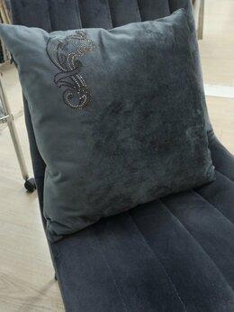 Декоративные подушки - Бархатная подушка со стразами Swarovski, 0