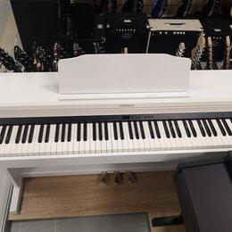 Клавишные инструменты - Цифровое пианино Roland RP501R-WH, 0