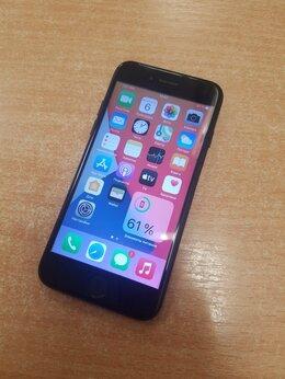 Мобильные телефоны - Телефон Iphone 7, 0