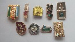Жетоны, медали и значки - Значки на тему Спорт, 0