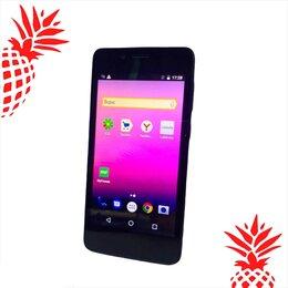 Мобильные телефоны - Смартфон Fly FS458 Stratus 7, 0