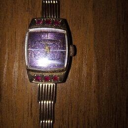 Наручные часы - Женские  часы с  браслетом (золото), 0
