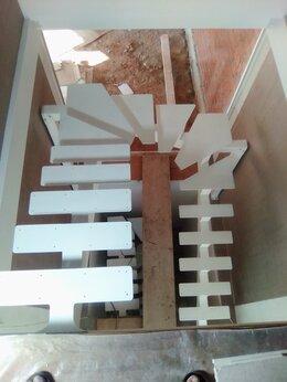 Архитектура, строительство и ремонт - Лестницы, 0