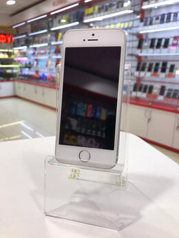 Мобильные телефоны - Apple IPhone SE 32Gb SIlver Б/У, 0