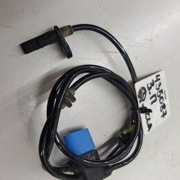 Аксессуары и запчасти - Датчик ABS задний (правый), 0