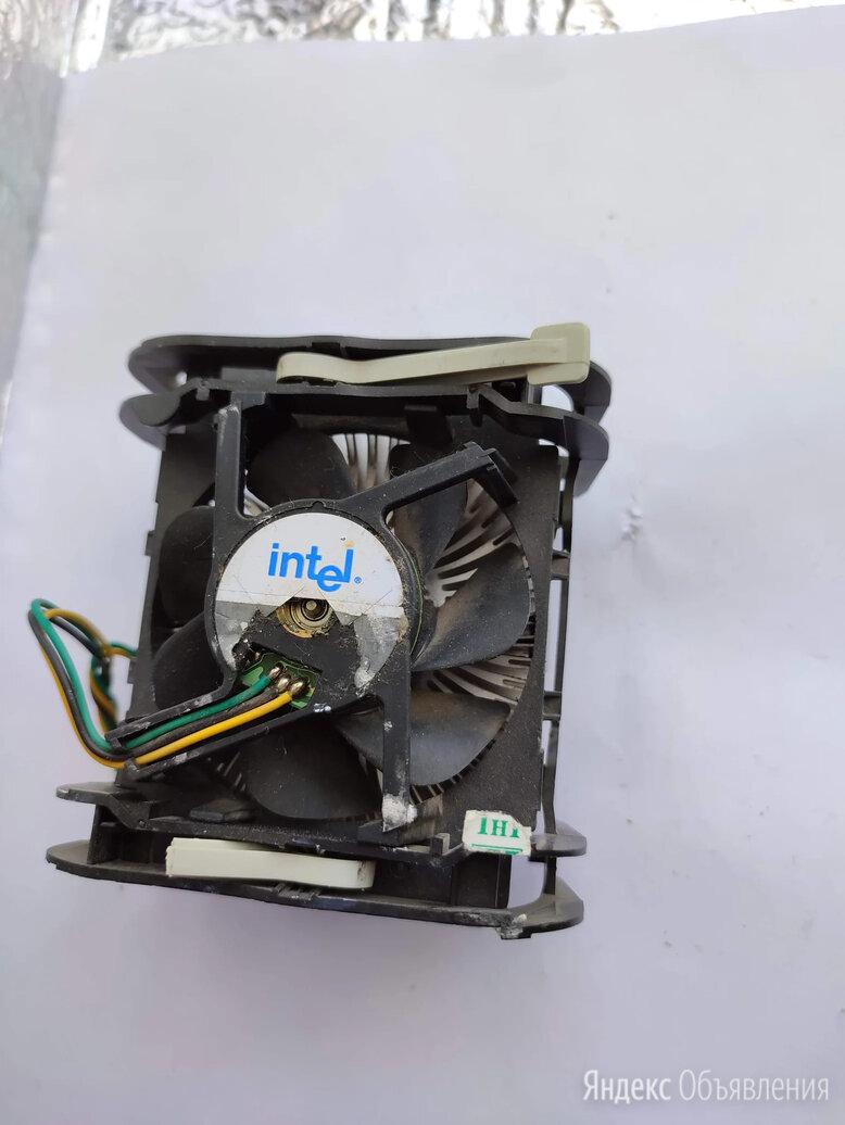 Радиатор с вентилятором для охлаждения процессора Intel PC по цене 350₽ - Кулеры и системы охлаждения, фото 0