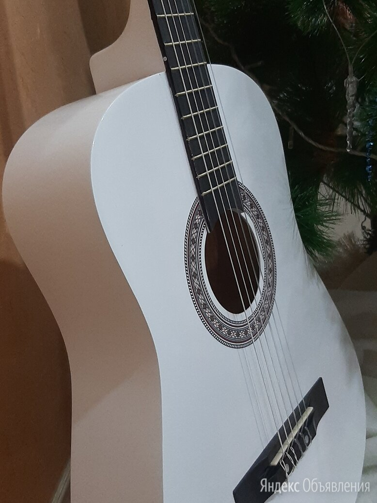 Гитара белая для обучения по цене 3790₽ - Акустические и классические гитары, фото 0