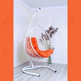 Подвесные кресла - Плетеное кресло качели на стойке с подушкой, 0