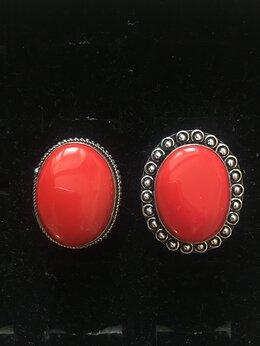 Кольца и перстни - перстень с кораллом, 0