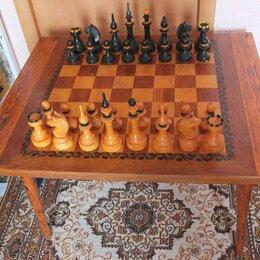Настольные игры - шахматы деревянные большие со столом-шахматной доской,СССР , 0