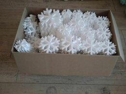 Новогодний декор и аксессуары - Набор снежинок из пенопласта, 0