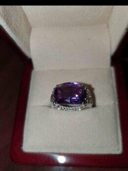 Кольца и перстни - Золотое кольцо с аметистом и бриллиантами, 0