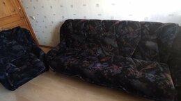 Диваны и кушетки - Диван и два кресла, 0
