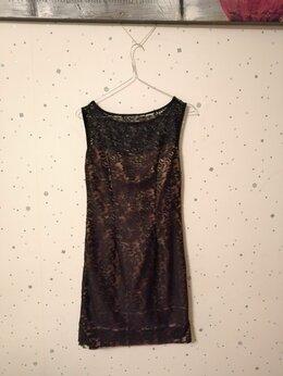 Платья - Платье с кружевом, 0
