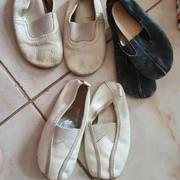 Обувь для спорта - Чешки  5 пар  25,26,27,28,29 размеры, 0