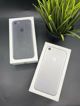 Мобильные телефоны - iPhone 7 новый 32 Гб Серебро, 0