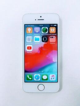Мобильные телефоны - Смартфон Apple iPhone 5S 16Gb Silver, 0