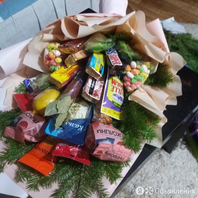 букет из конфет по цене 1200₽ - Подарочные наборы, фото 0