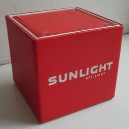 Корзины, коробки и контейнеры - Коробочка подарочная Sunlight красная. Б/у, состояние хорошее, размер 6*6*6см., 0